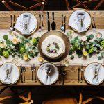 chronique-decoration-table-plan-fleur-vert-une