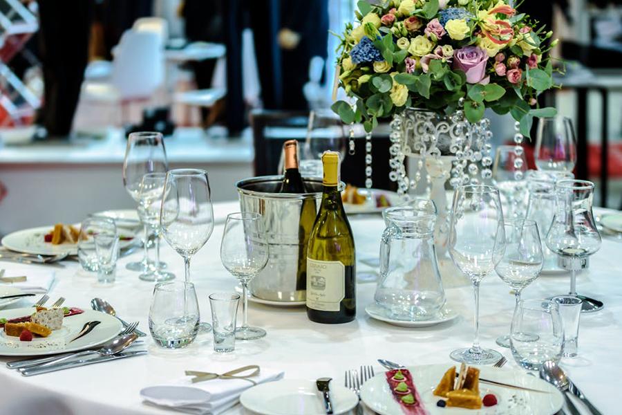 Chronique décoration mariage élégant romantique blanc et simple