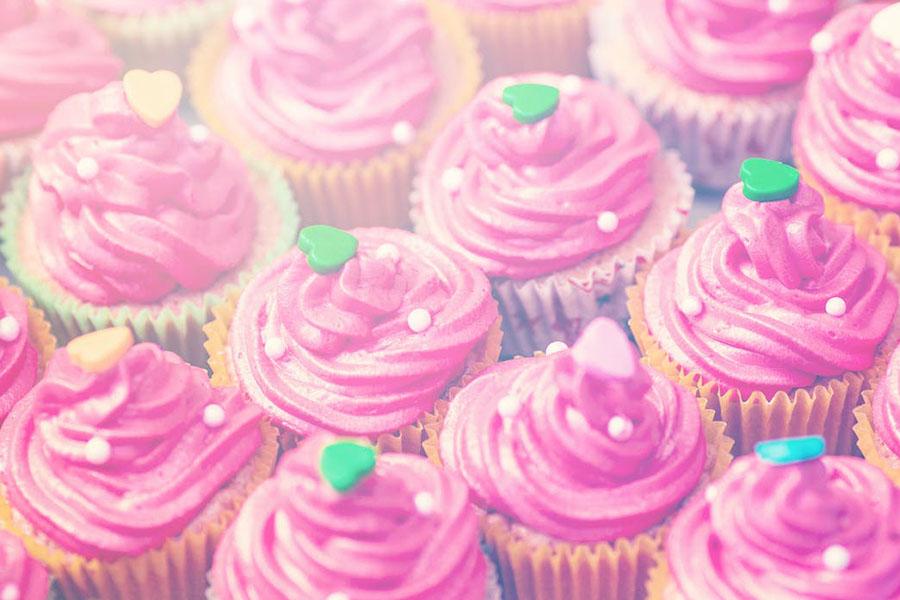 demande en mariage avec des pop cakes