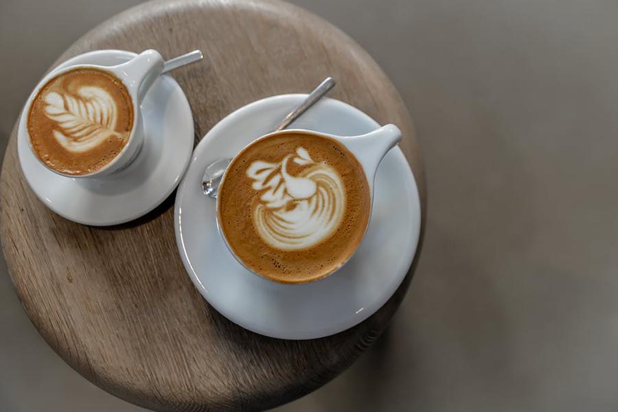 idées boissons trendy de bars pour votre mariage à lyon chronique-generique-latte-art