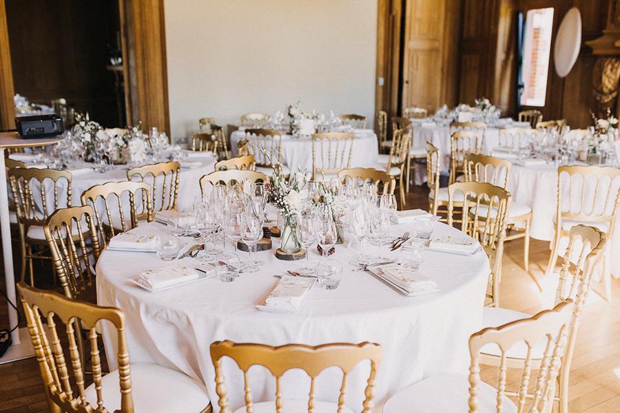 chronique-mariage-giacomelli-wedding-planner-decor-table-plan-champetre-campagne-fleurs-bouquet
