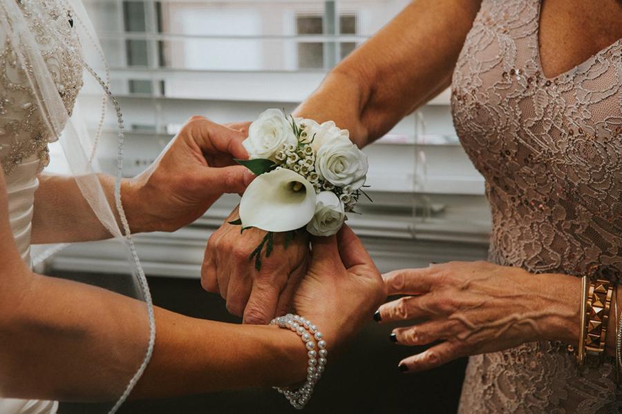 chronique demoiselle d'honneur lyon mariage bracelet fleur