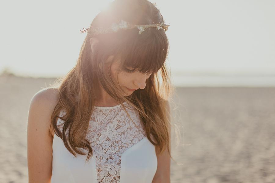 Maquilleuse et coiffeuse beauty art coiffure lyon mariage couronne de fleurs