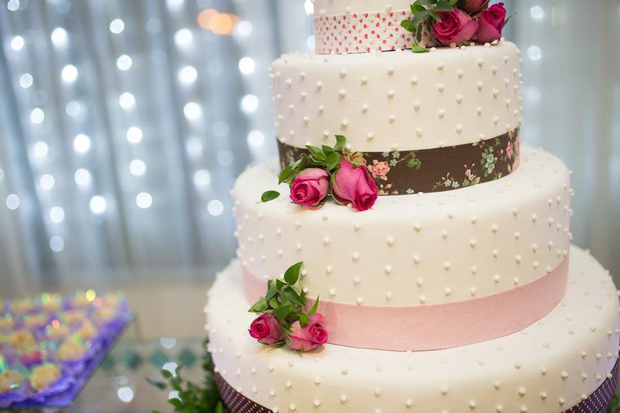 chronique wedding cake lyon mariage fraise