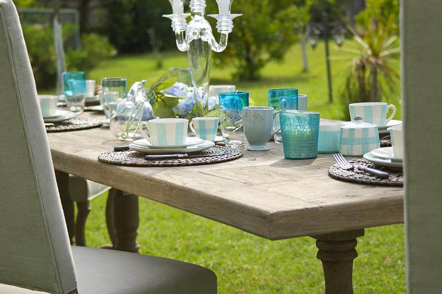 chronique-decoration-table-plan-bleu-blanc-epure