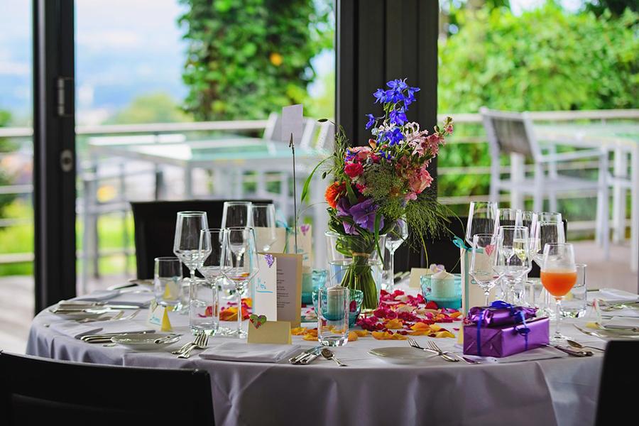 chronique-decoration-table-plan-bouquet-rose