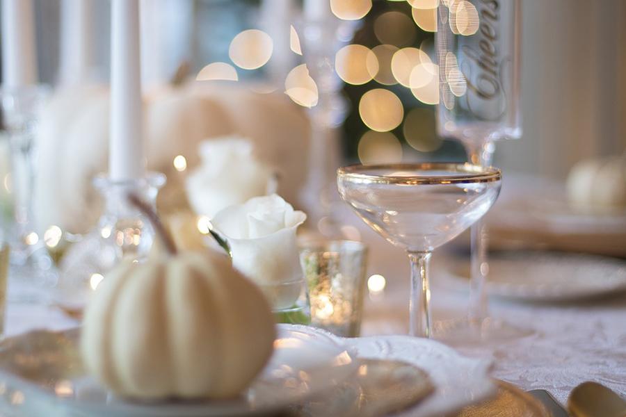 chronique-decoration-table-plan-paillette-doree