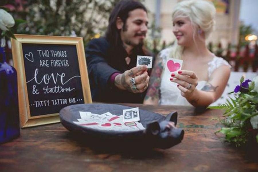 Chronique Bars trendy Lyon mariage bar à tatouages