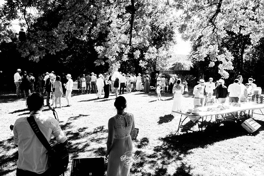 Hello You musiciens lyon mariage cérémonie de vin d'honneur noir et blanc