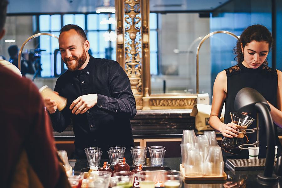 Chronique mariage haut-de-gamme lyon mariage x carnets du luxe barman
