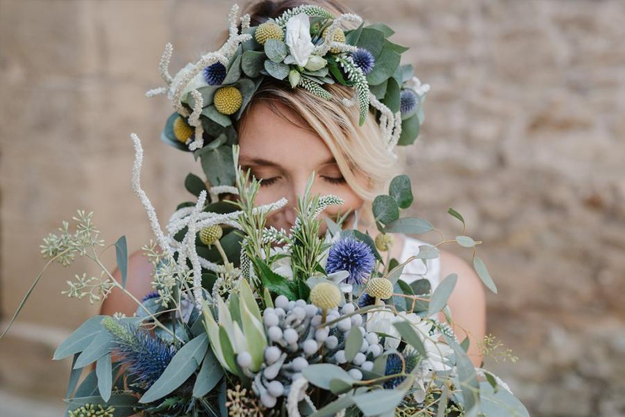 Fleuriste lyon mariage Art végétal inspiration folk décoration fleurie bouquet et couronne de la mariée